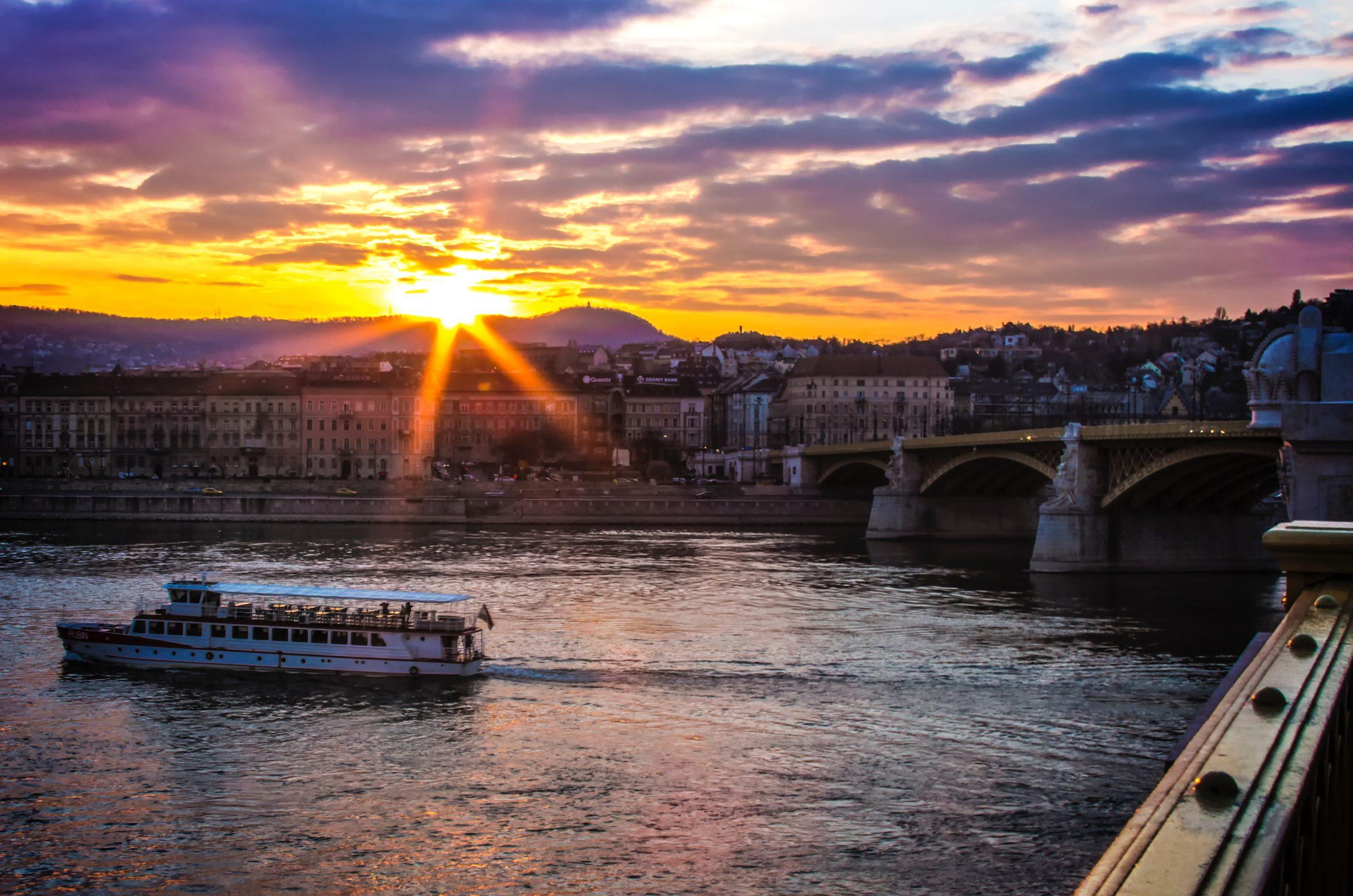 bridge-budapest-city-66191